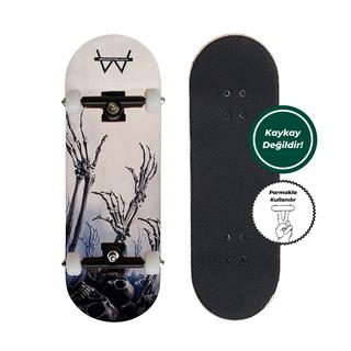 Woodenblack Hellie Fingerboard Complete